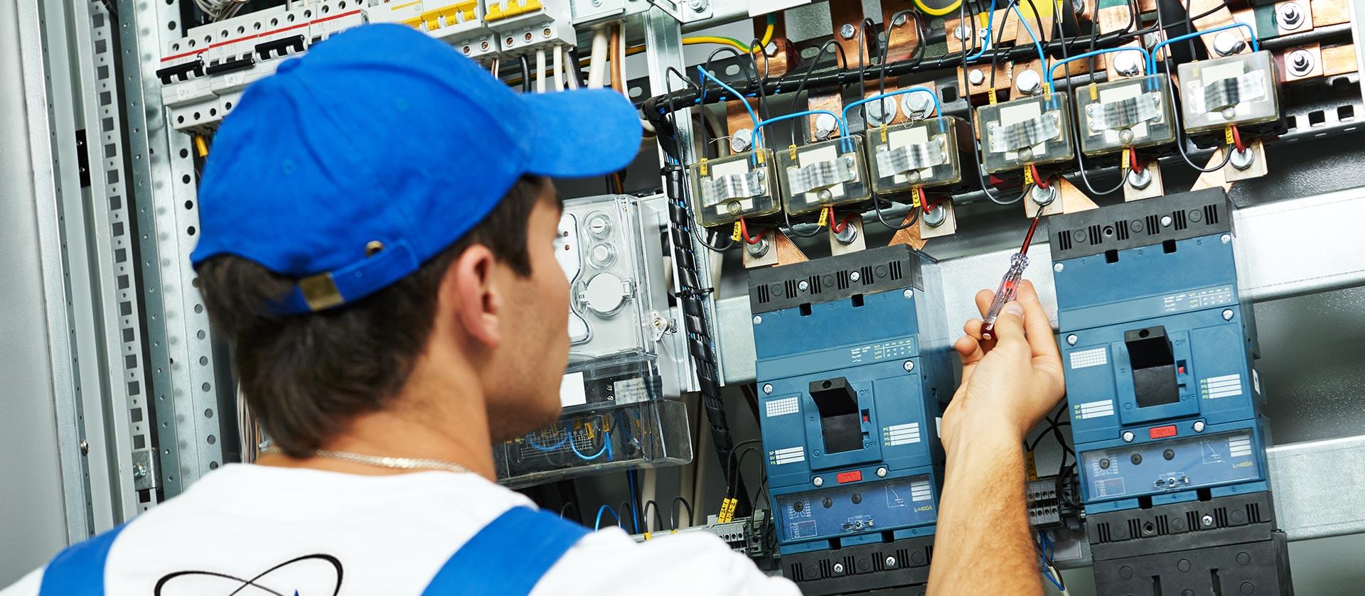 Impianti elettrici industriali e privati